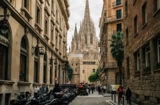 barcelona free walking tour