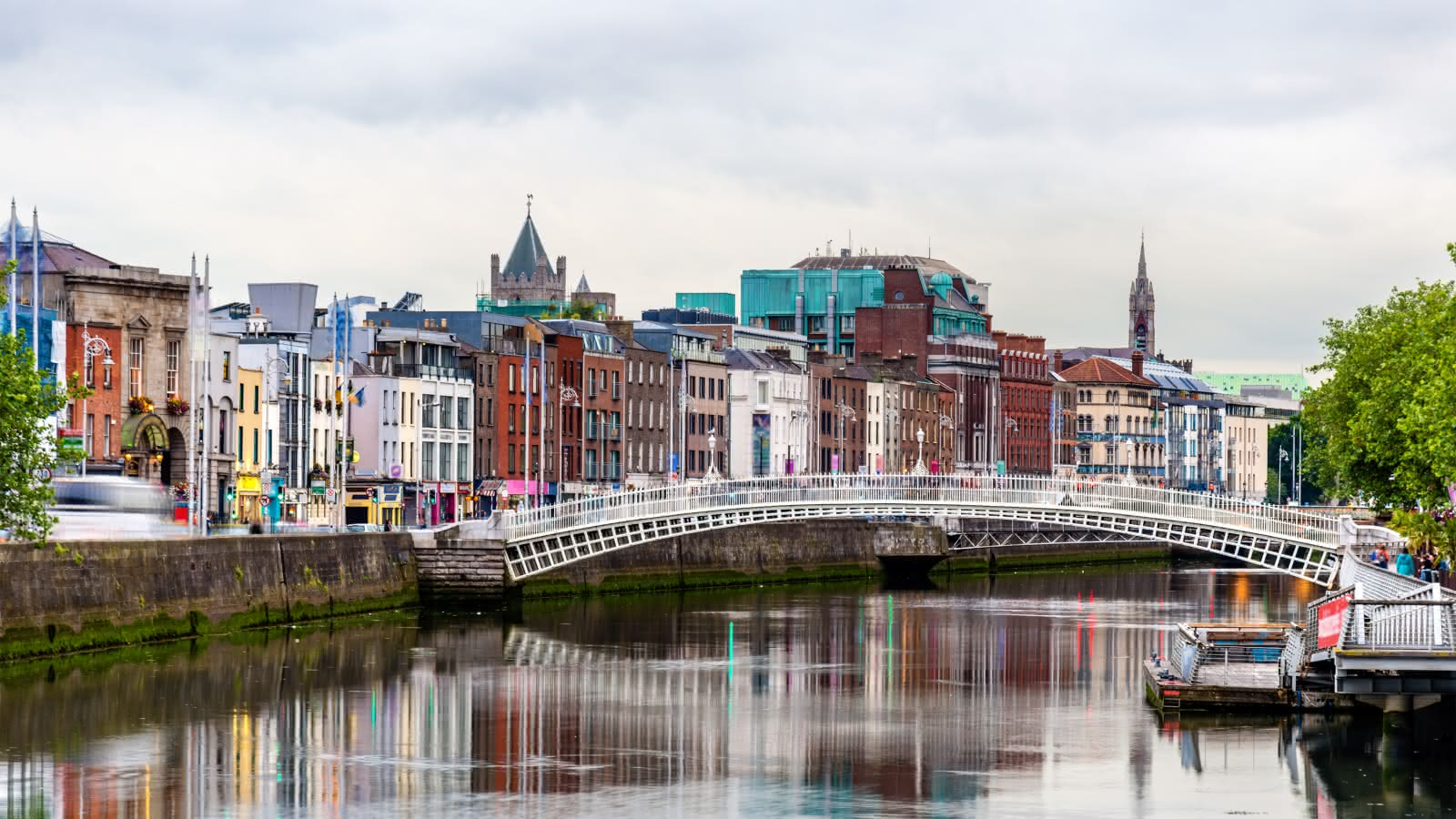 The famous Ha'penny Bridge in Dublin during a SANDEMANs walking tour