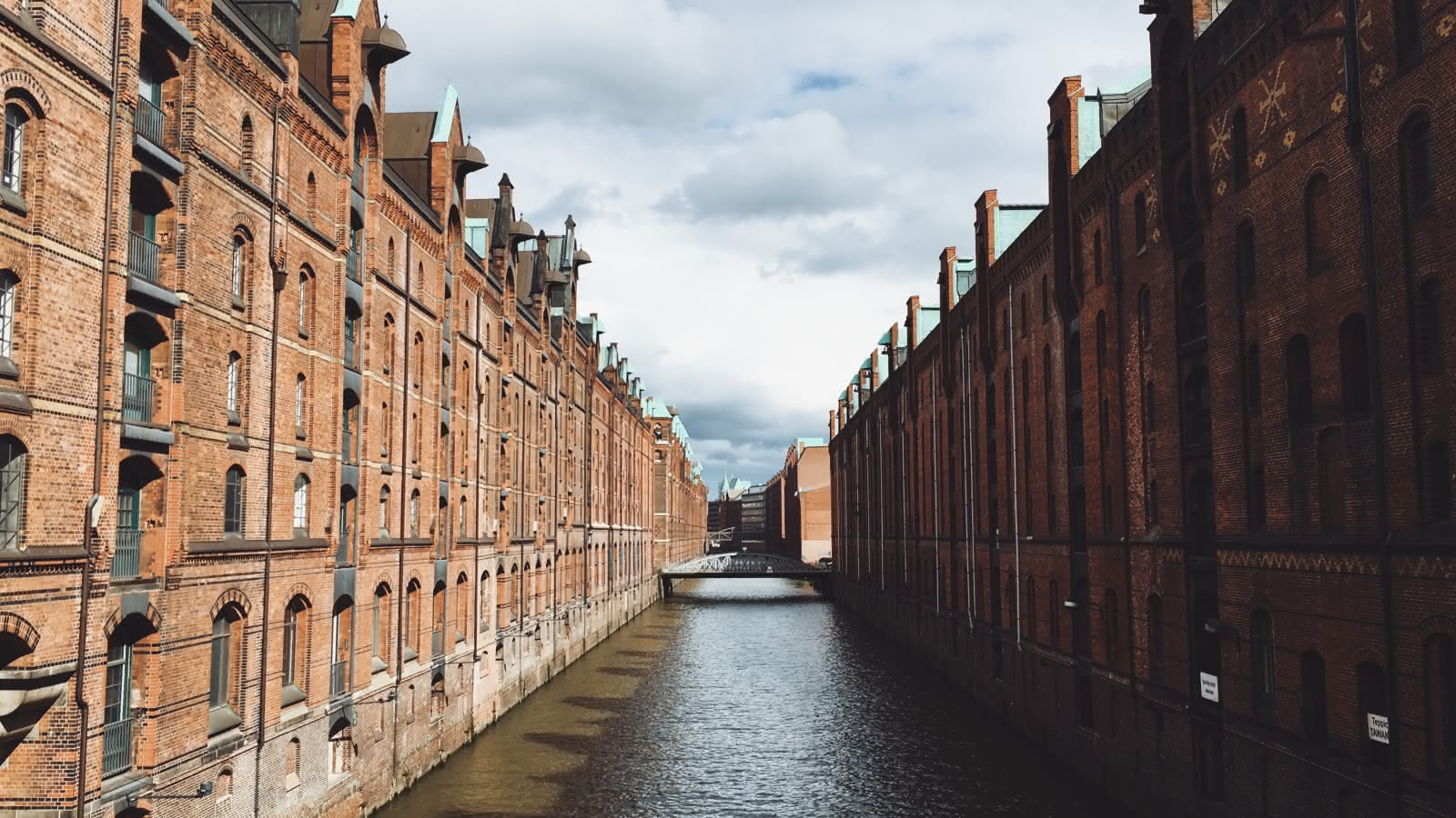 hamburg walking tours