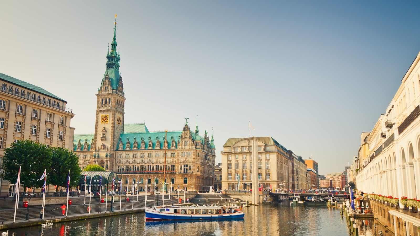 Views from the river to Hamburg's City Hall