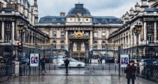 sandemans paris walkings tours