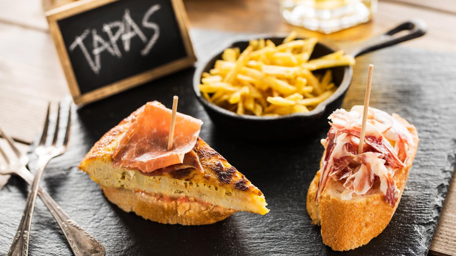 seville tapas tour jamon y pan con tomate