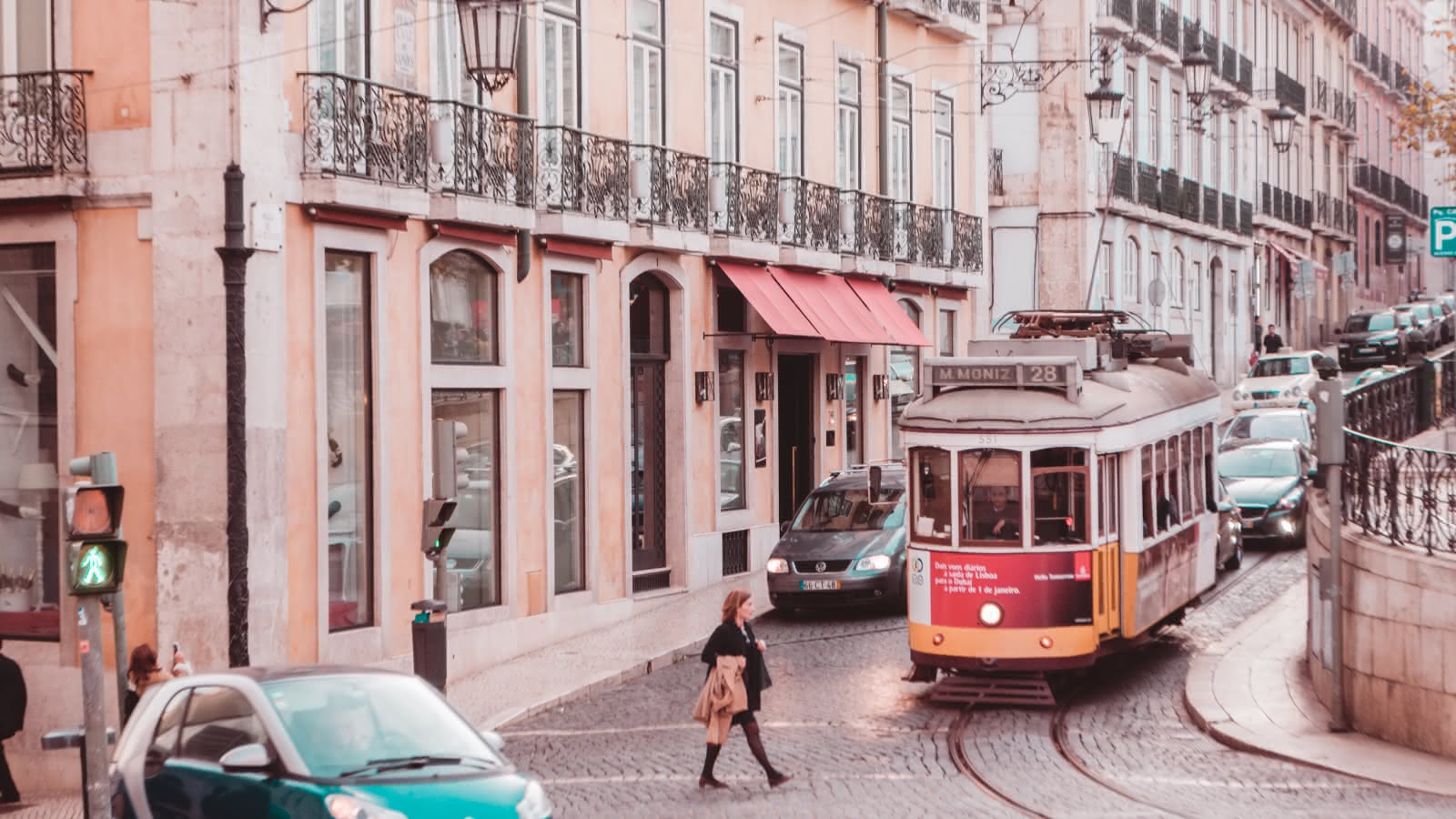 lisbon things to do travel guide 02