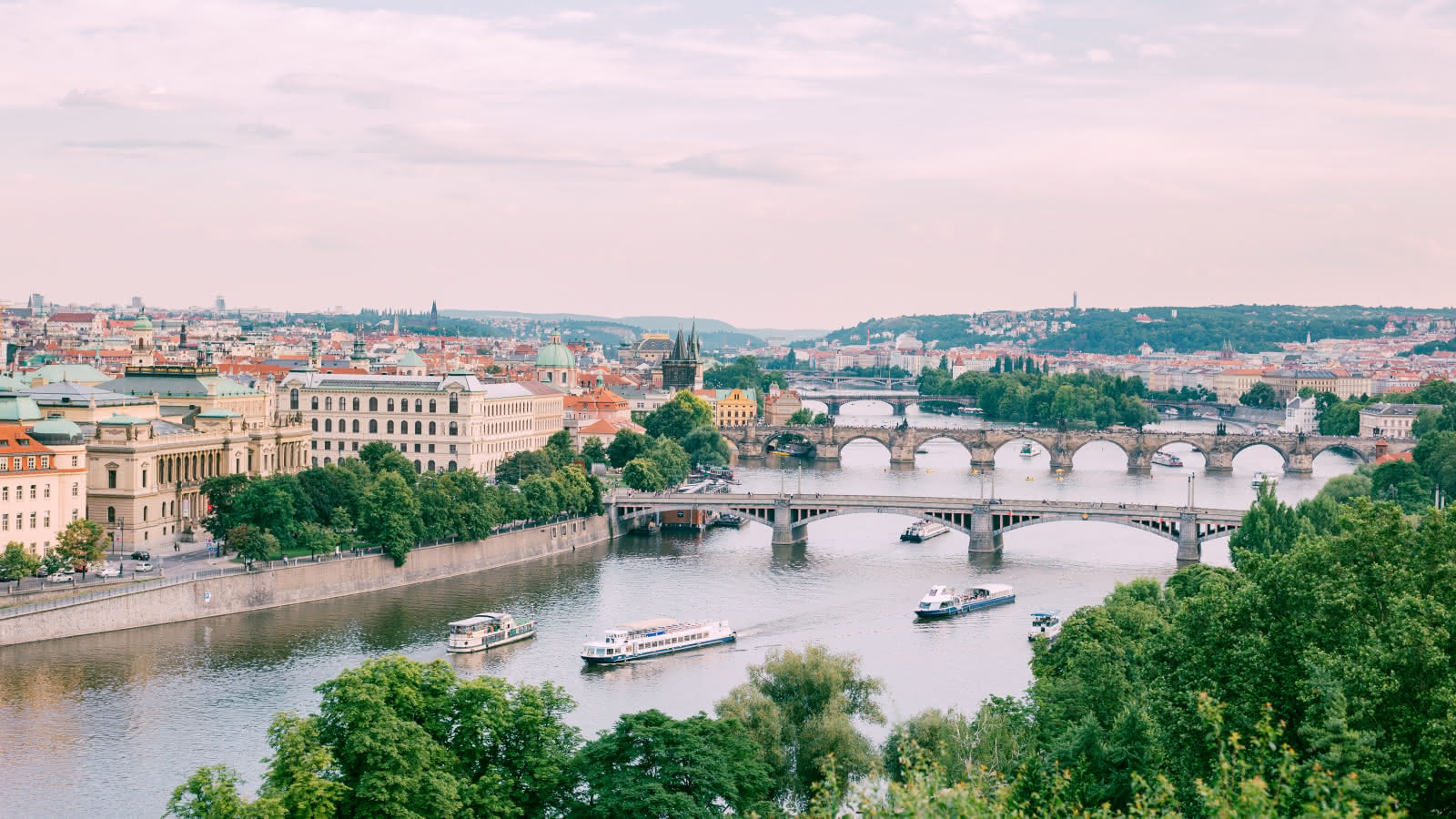 things to do prague travel guide