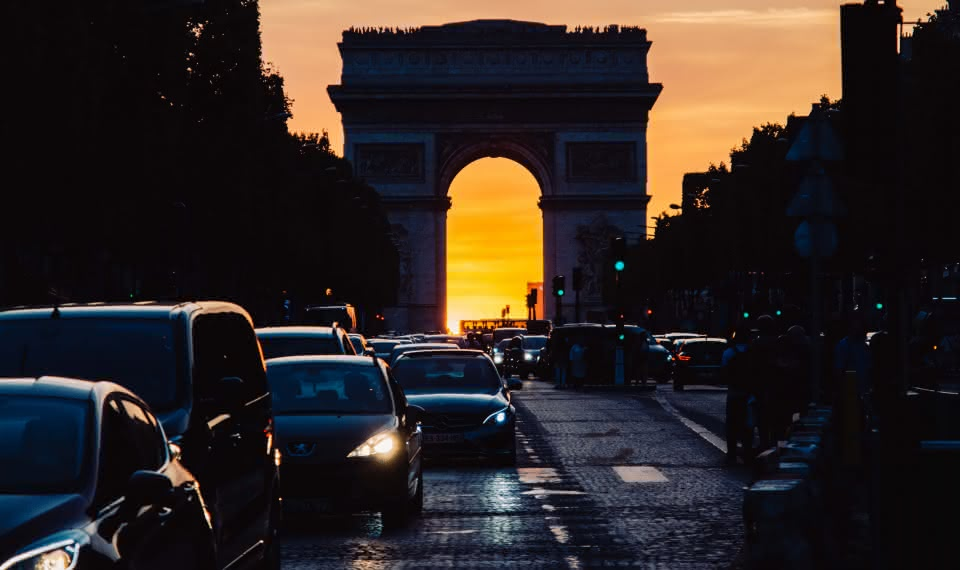 paris things to do travel guide Champs-Élysées