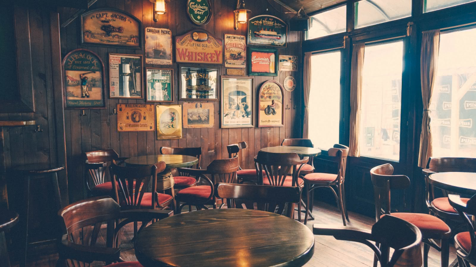 where to drink best pub ssandemans travel guides