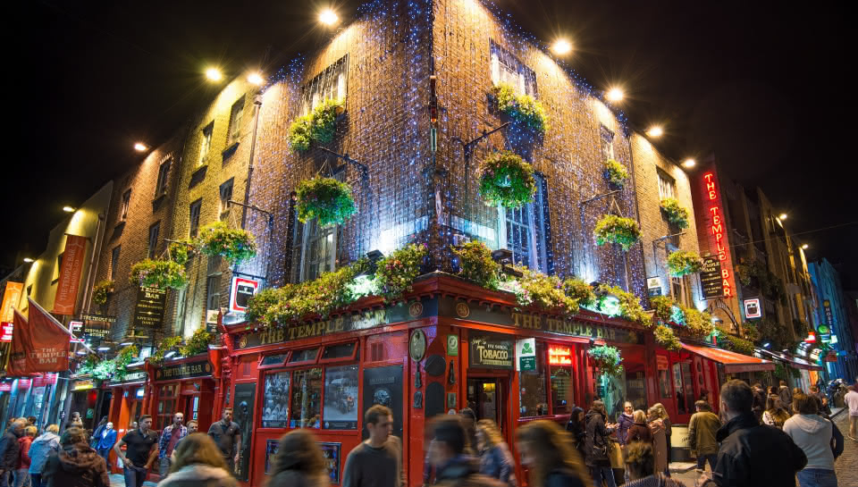 Pub Crawl Temple Bar Dublin