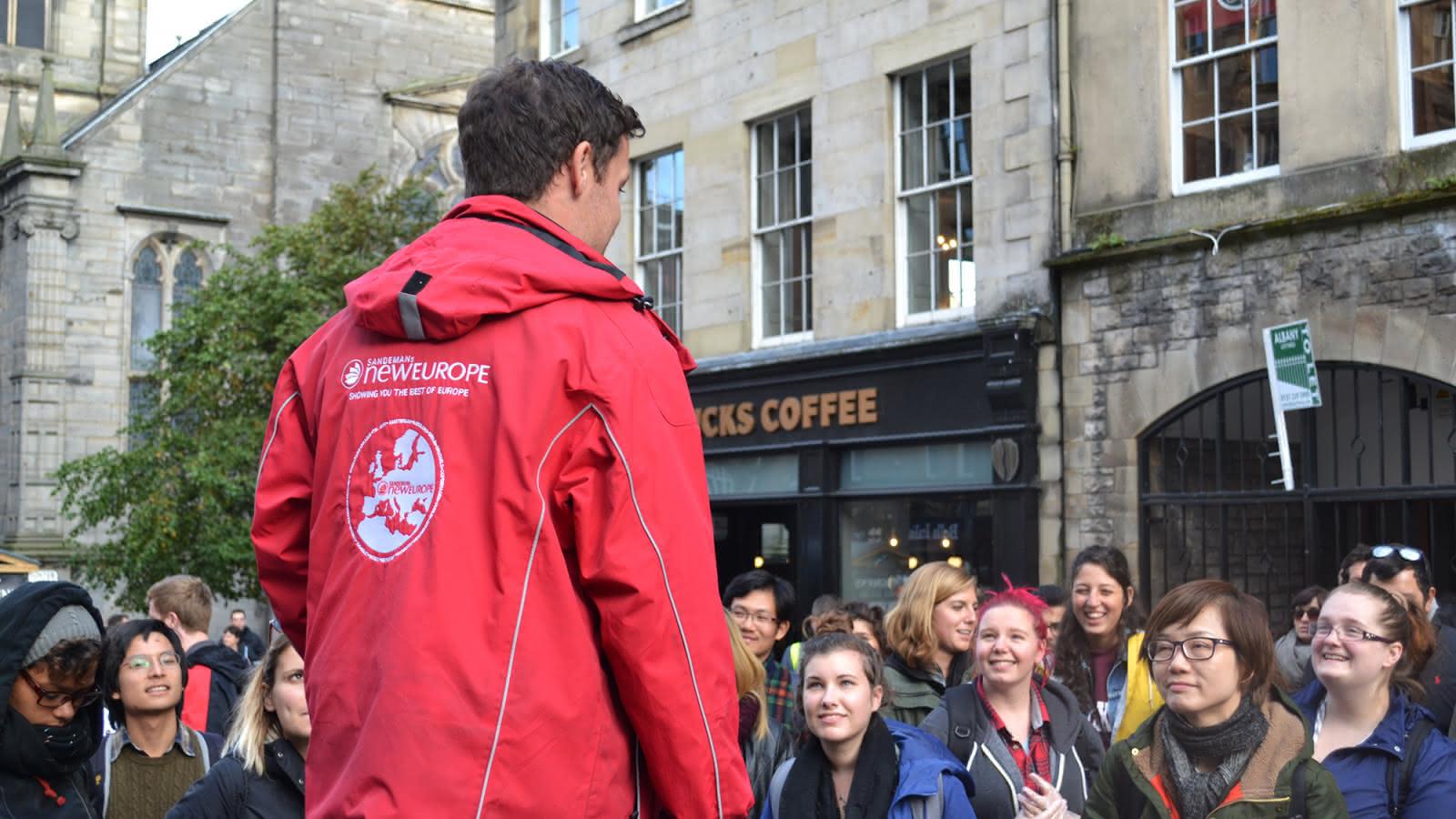 SANDEMANs' guests volunteer to clean up edinburgh