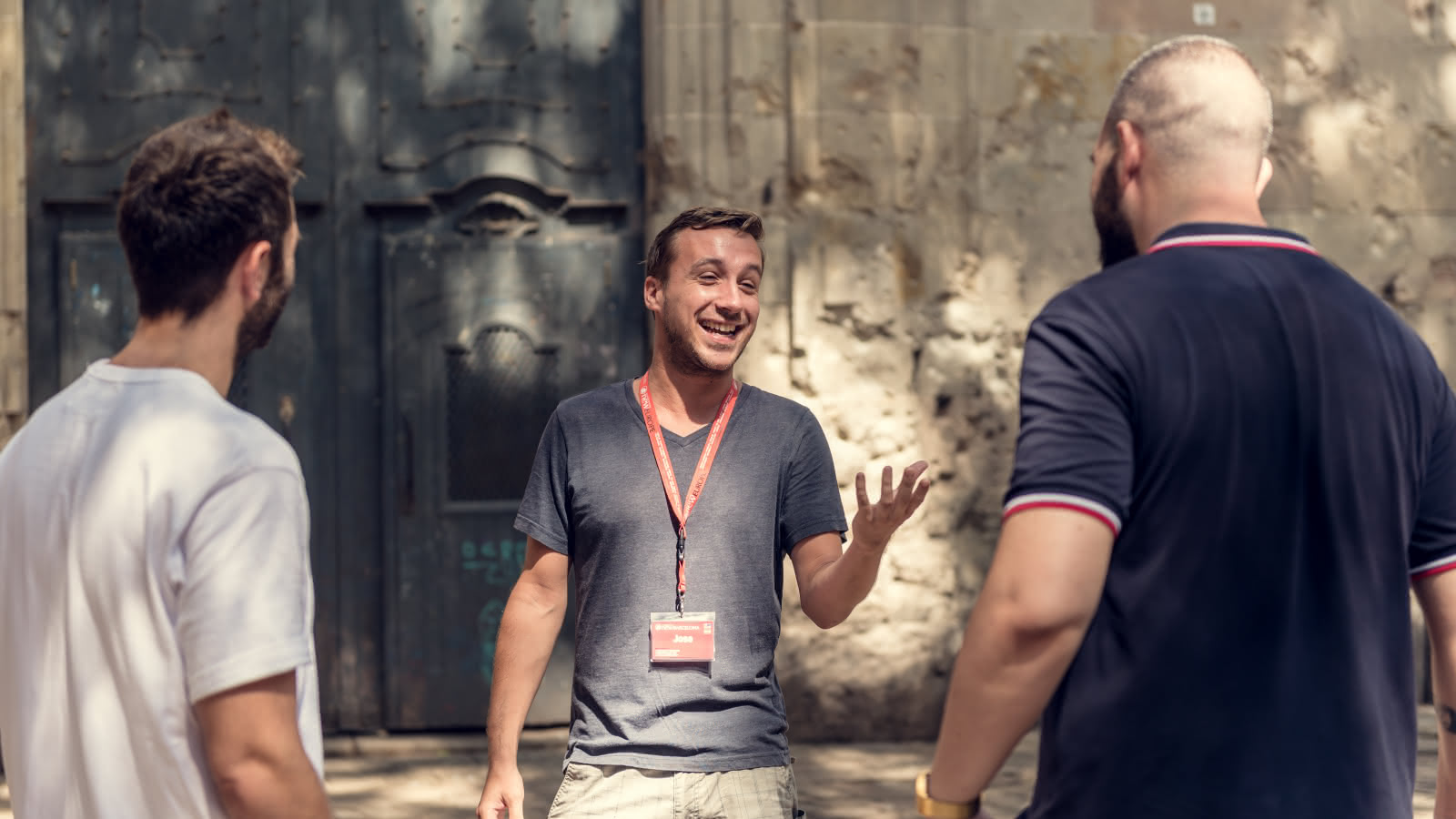 Free Tour Guide and Two Free Tour Guests in the Gothic Quarter