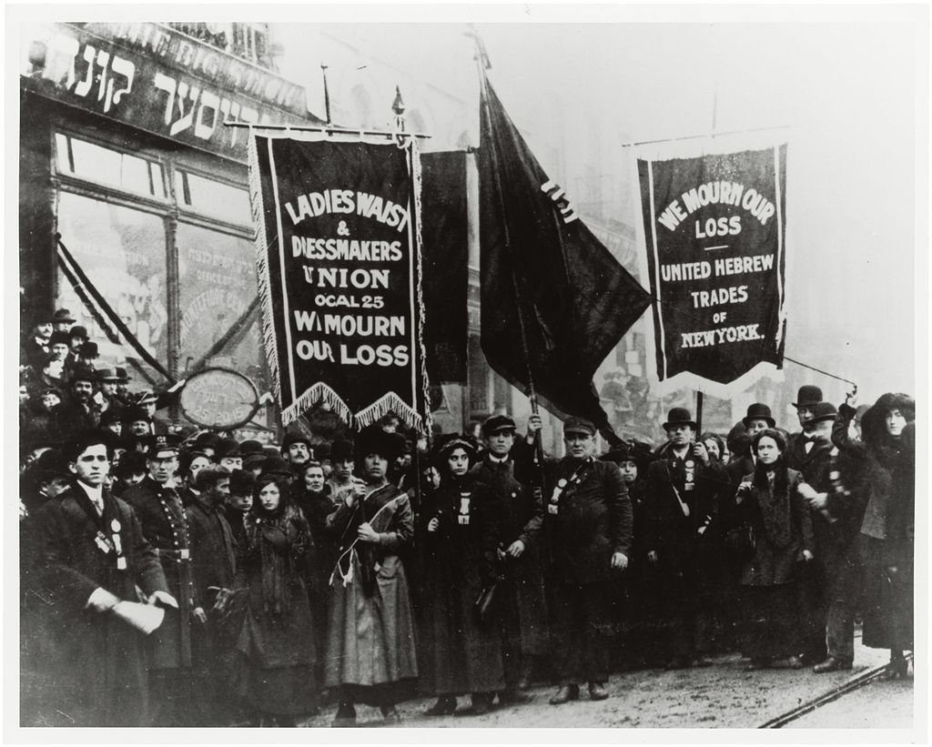 Demonstration_of_Protest_and_Mourning_for_Triangle_Shirtwaist_Factory_Fire_of_March_25,_1911